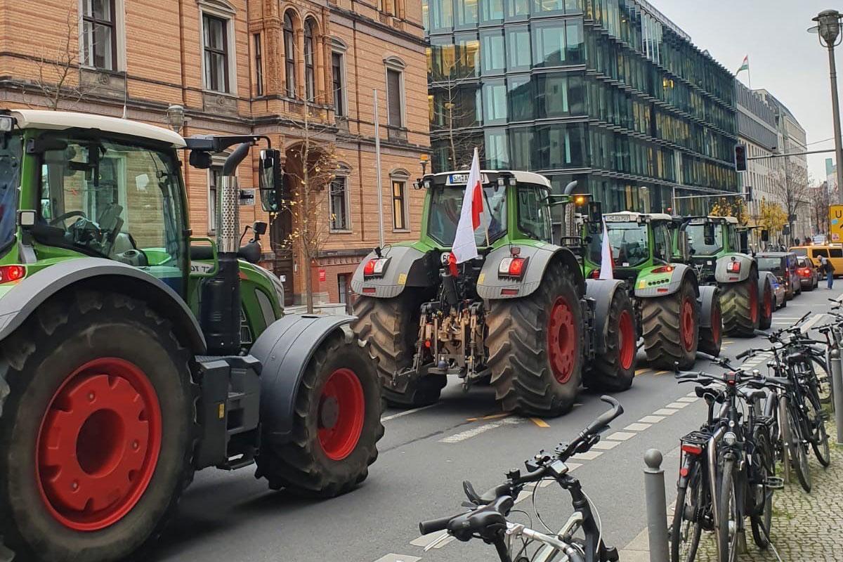 Bauerndemo vor meinem Berliner Büro